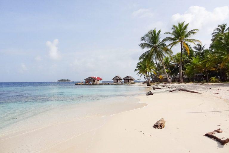 Beautiful beaches of San Blas, Panama