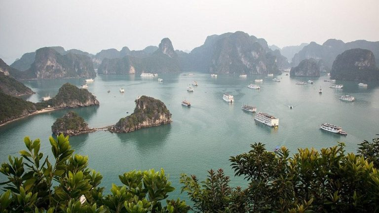 Legends and dragons in Ha Long Bay